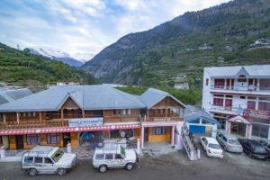 Uttarakhand hotel